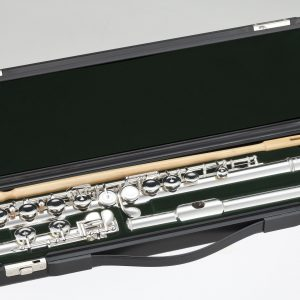 Pearl Flute PF500 with case.jpg